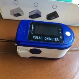 Oxímetro Digital de Dedo Pulso Portátil