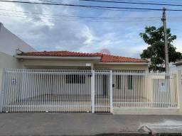 Casa em Araçatuba - Alugo