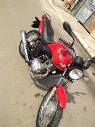 Troco por moto maior ou mais nova com volta minha