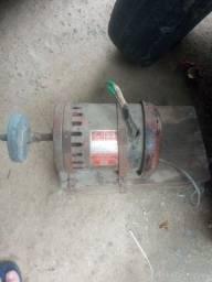 Motor de indução monofásico 1/2 110 ou 220