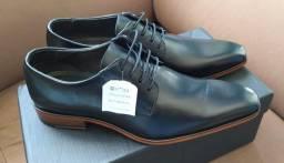 Sapato social em couro preto nº 39 - NOVO