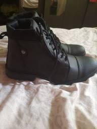 2 pares de sapatos