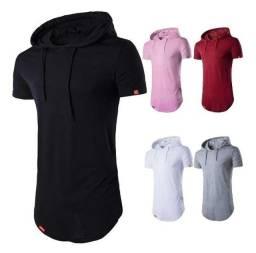 Camisa longline com capuz