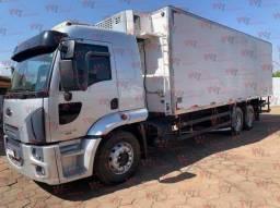 Título do anúncio: Cargo 2429 Cabine leito Completo, 2012/2013 Baú refrigerado