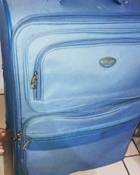 Vendo bolsas e malas