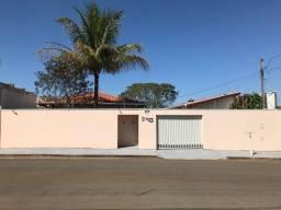Casa para venda ou troca 2+1 dormitórios (1suite int