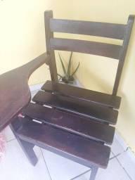 Cadeiras escolares de madeira pura!!!