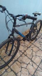Vendo bicicleta de marcha nova