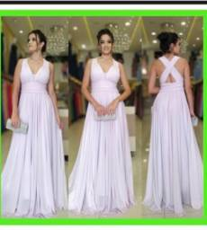Vestido branco da Universal Noivas