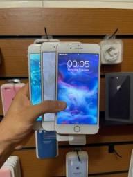 iPhone 8 PLUS 64 GB - IMPECÁVEL + BASE E CABO -
