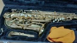 Sax Alto Júpiter 769-767