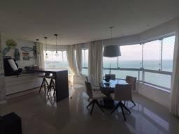 Apartamento Frente Mar com 04 Suítes