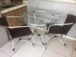 Vendo Mesa com 4 cadeiras de vime LINDÍSSIMA!