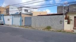 Casa com 3 dormitórios à venda, 190 m² por R$ 240.000 - Barro Vermelho - Natal/RN