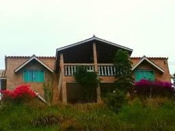 Casa estilo chalé em Domingos Martins