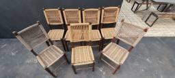 7 cadeiras rústicas