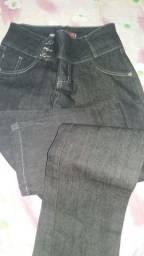 Calça jeans azul escuro feminina n°42 nova
