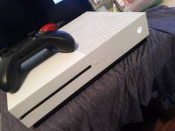 Xbox One S IMPECÁVEL