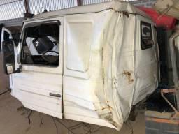 Sucata Cabine Scania 113 (vendida somente inteira)