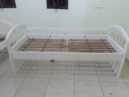 03 camas em bom estado de conservação