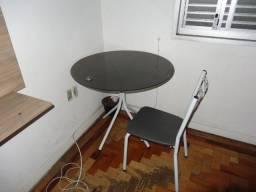 Doação mesa e cadeira