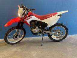MOTO TRILHA CRF 230
