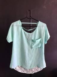 Camisa viscose e renda, tamanho M, usada