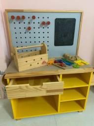 Mini Oficina Mecânica de madeira