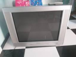 """Vendo tv philips 29 """"  com controle, tudo funcionando perfeitamente.  Completa."""