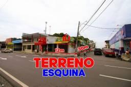 Terreno de esquina na estrada do Manoa, 360m², Área Comercial