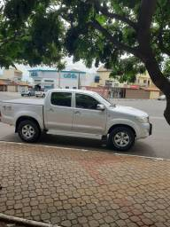 Hilux 3.0D4D  completo