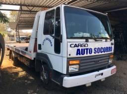 Caminhão Guincho Ford Cargo 814 prancha e asa-delta
