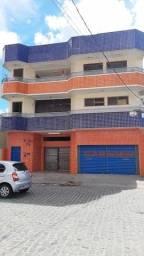 Aluga Apartamento com 03 quartos no Centro de Eunápolis