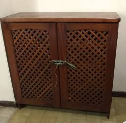 Armário em madeira de lei com 2 portas