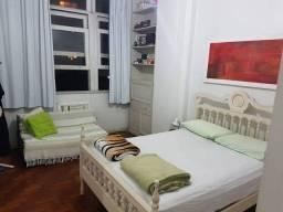 Título do anúncio: Apartamento para aluguel possui 90 metros quadrados com 2 quartos