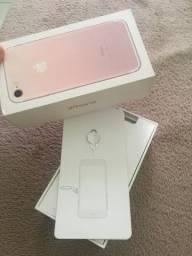 Caixa do iphone 7  apenas 30 reais
