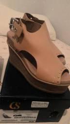 Vendo esses calçados
