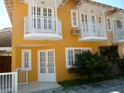 Casa duplex com 3 qtos com 1 suite, em condominio e churrasqueira