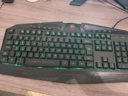 Teclado gamer redragon