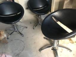 Cadeiras cabeleireiro hidráulicas e brinde arrasta p lado