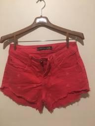 Short vermelho coqueiros