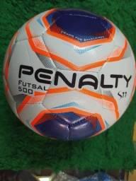 Bola Futsal 500 Penalty R$ 86,00
