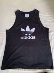 Camiseta Adidas original (tamanho M)