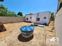 Casa individual com ótimo quintal em Costa Bela 2 quartos com suíte