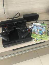 XBox 360 1 Kinect, 2 controles e mais 6 jogos