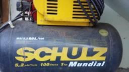 Compressor de Ar Schulz - 5.2 pés - 100 litros