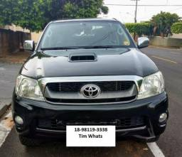 Toyota Hilux 3.0 Srv 4x4 CD 16V Turbo Ú/Dona Top 18-98119-3338 - 2011
