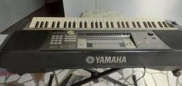 Vendo teclado Yamaha psr640 valor$1000