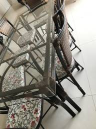 Mesa 8 lugares de vidro e alumínio