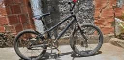 Vende- se bicicleta